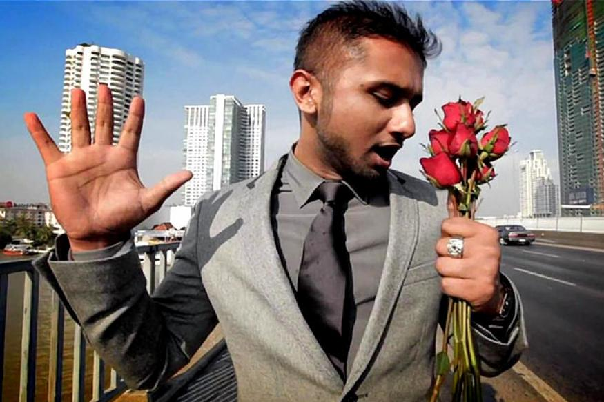 Rapper Honey Singh booked for singing vulgar songs