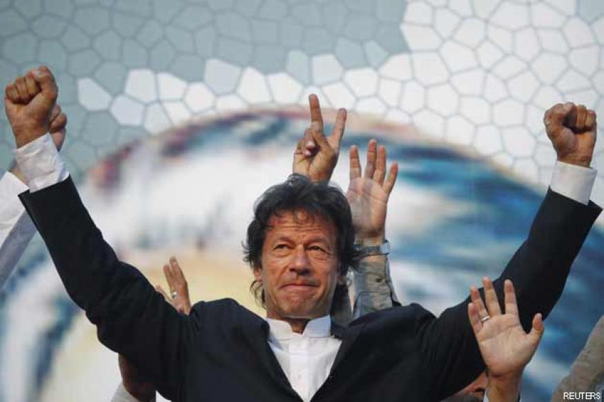 Pakistan: Imran Khan discharged from hospital