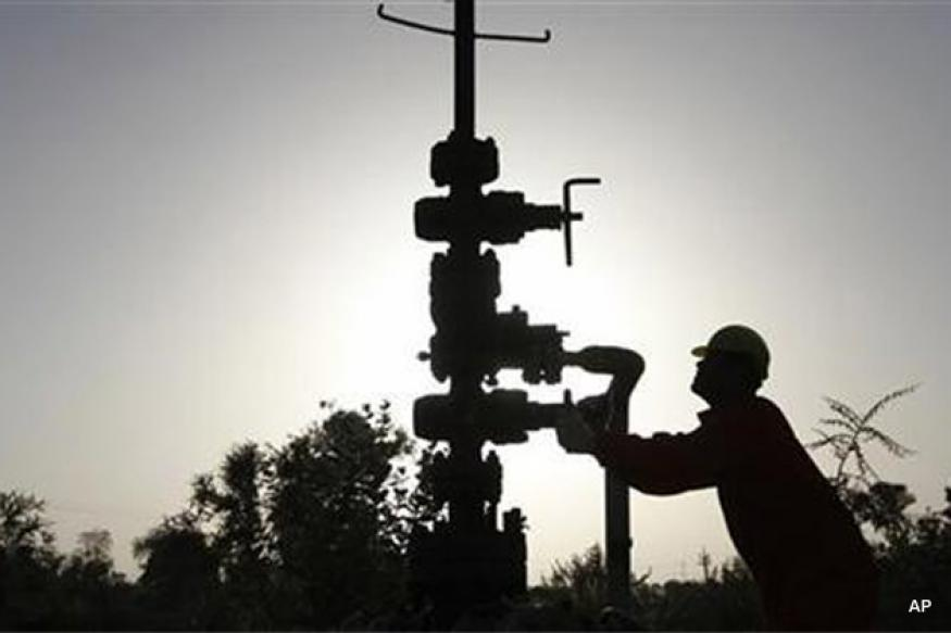 Iran offers oilfield to India on lucrative terms