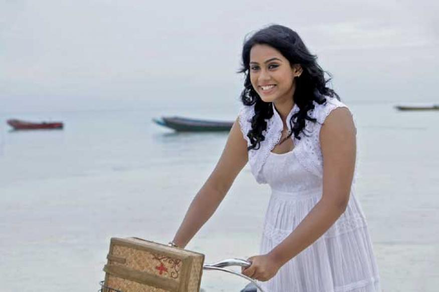 Post exams Thulasi Nair resumes shooting for 'Yaan'