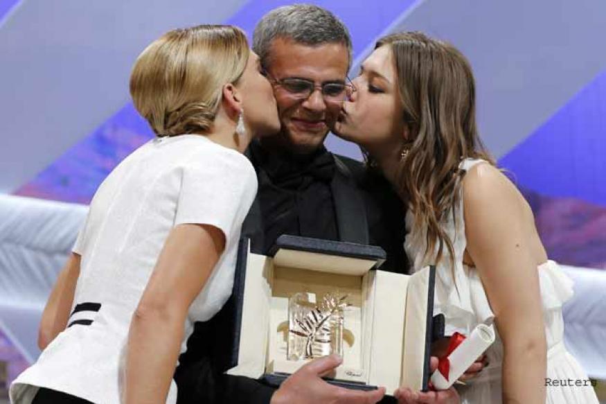 Love story 'La Vie d'Adele' wins top honour at Cannes
