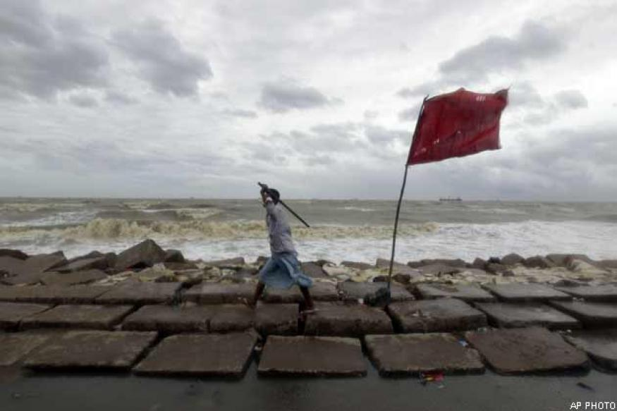 Cyclonic storm Mahasen claims 4 lives in Bangladesh