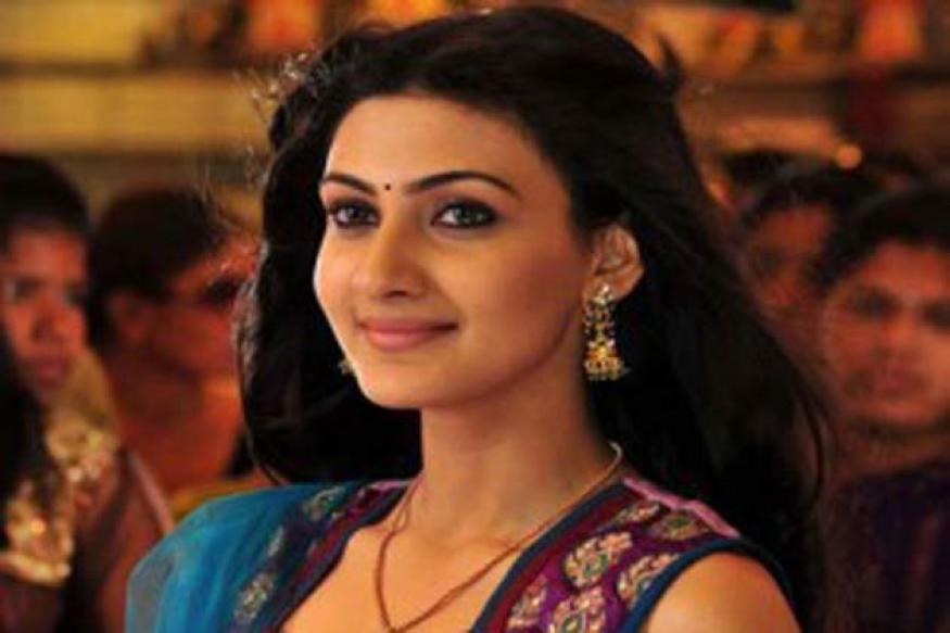 Luck crucial to survive in film industry: Neelam Upadhaya