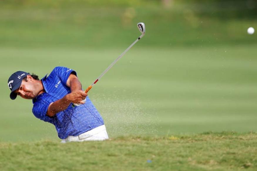 Kapur, Gangjee tied sixth; four shots behind leader in Jakarta