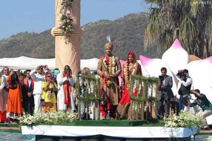 South Africa: 5 officials suspended over an Indian wedding scandal