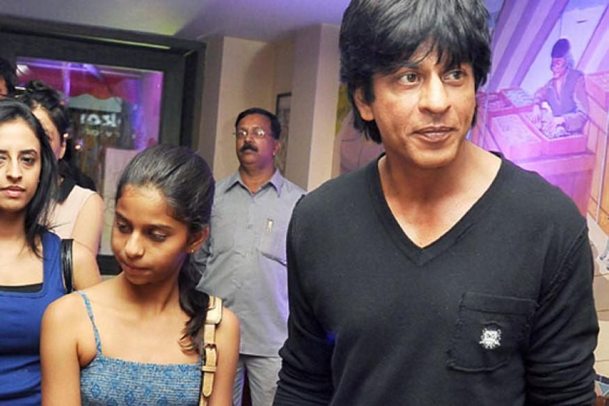 Snapshot: Suhana's night out with dad Shah Rukh at KKR's after party