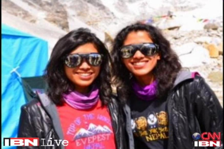 Indian sisters first twins to climb Mount Everest