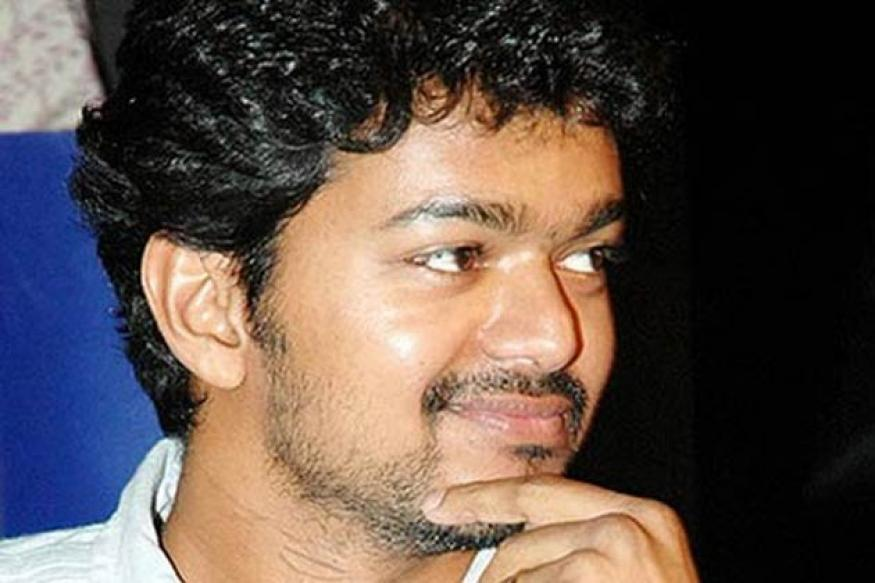 Vijay joins photoshoot of 'Jilla'