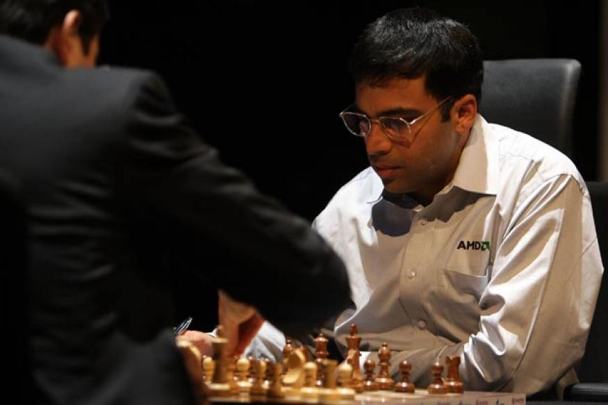 Viswanathan Anand beats Ludvig Hammer to jump to joint second