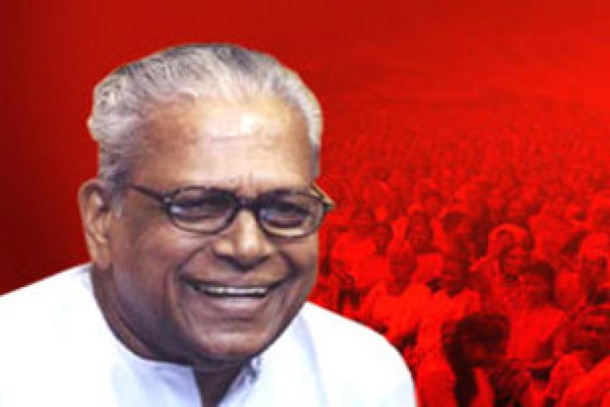 Three close aides of Achuthanandan thrown out of CPI-M