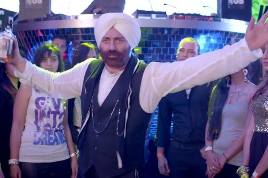 'Yamla Pagla Deewana 2' Music Review: It's high on Punjabi flavour