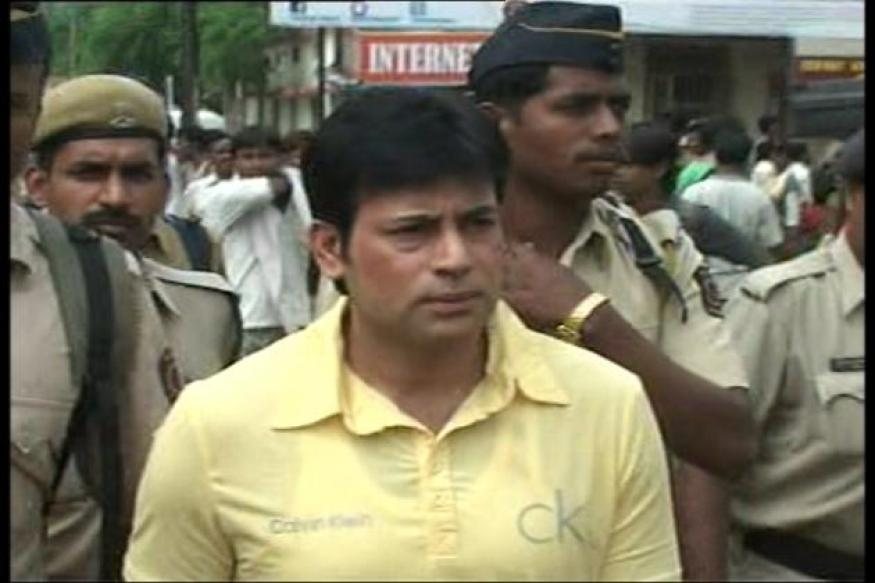 Abu Salem treated for bullet injury, back in cell