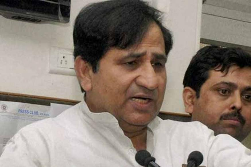 Antony committee to decide Cong's ties with RJD or JD(U): Shakeel Ahmad
