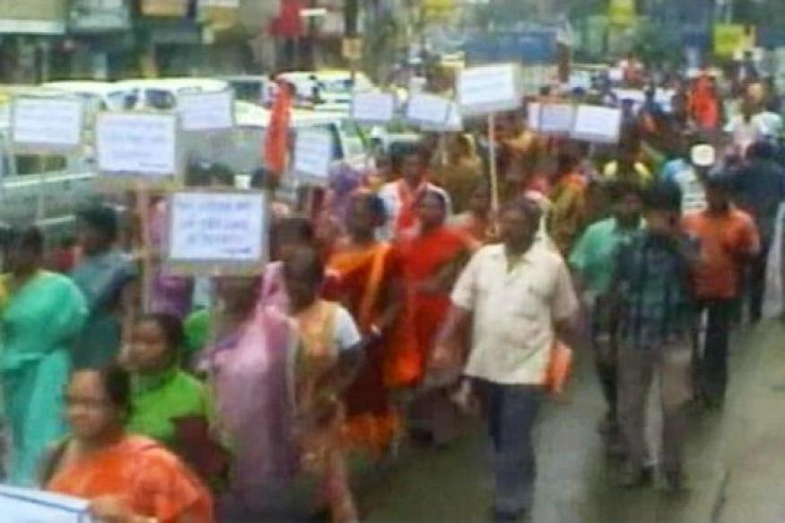 West Bengal: Protest staged against Barasat rape-murder