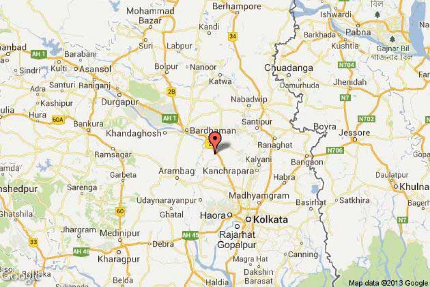 West Bengal: Youth assaults folk singer in police station