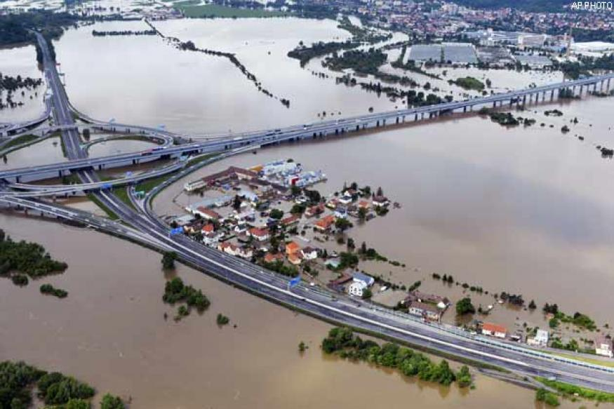Death toll hits 10 in European flooding; 9 missing