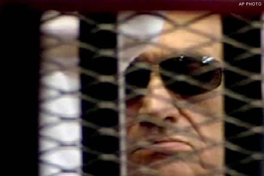 Anger in court as Hosni Mubarak trial adjourned again