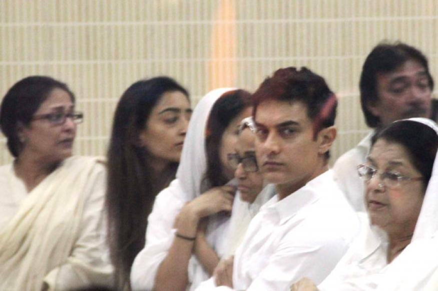 Aamir, Deepika attend Jiah Khan's prayer meet