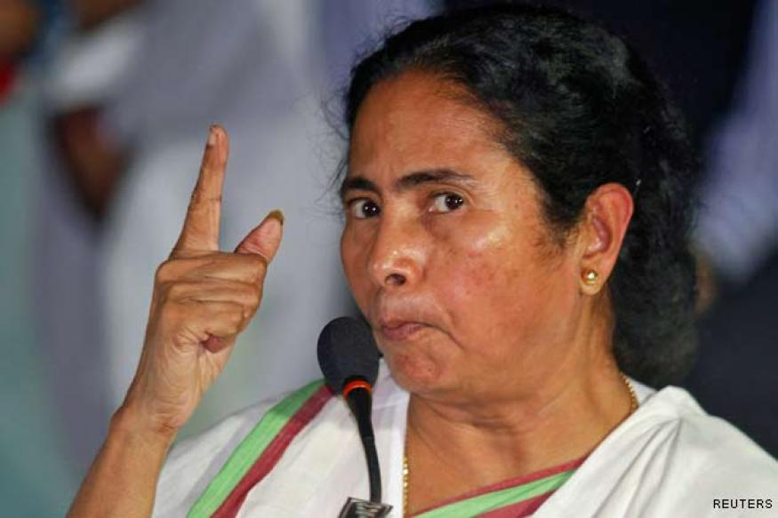 FB, Twitter users slam Mamata for 'shut up' comment