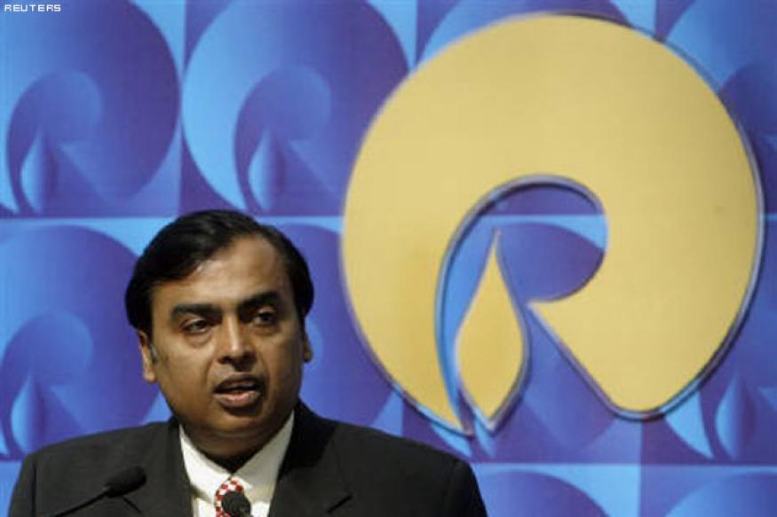 Ambani bets on 4G broadband in India, but risks abound