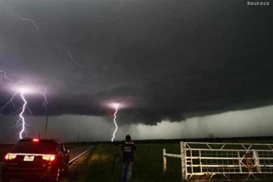 US: Death toll rises to nine from Oklahoma tornadoes