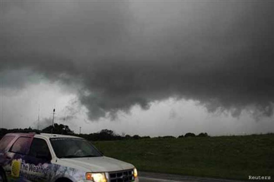 Tornado touches down Oklahoma City, emergency declared