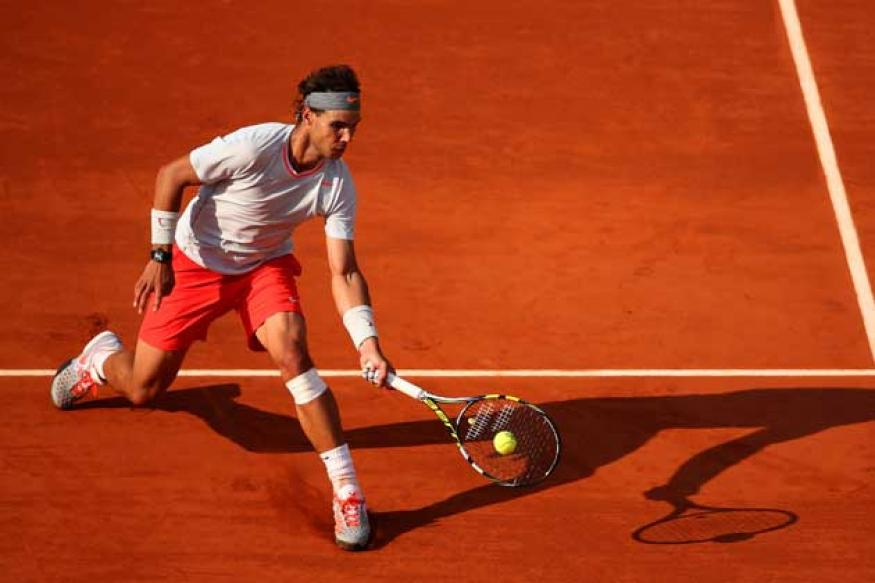 Vulnerable Nadal, Djokovic advance at French Open