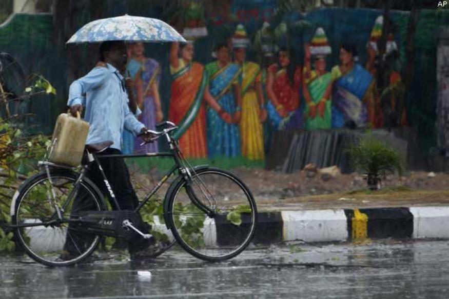 Monsoon hits Kerala, set to advance further