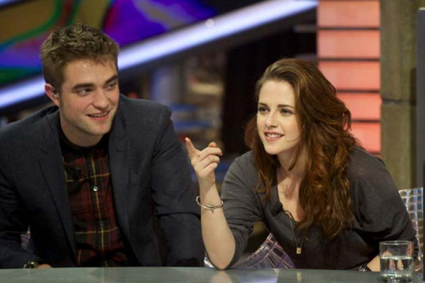 Pressure from Kristen Stewart led to her break-up with Pattinson