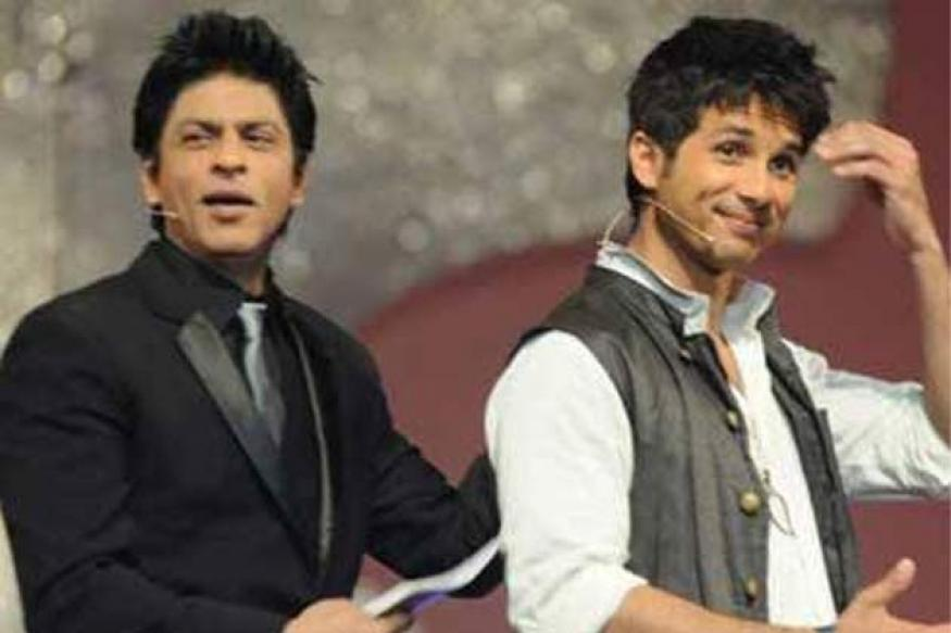 SRK to host IIFA awards with Shahid Kapoor this year