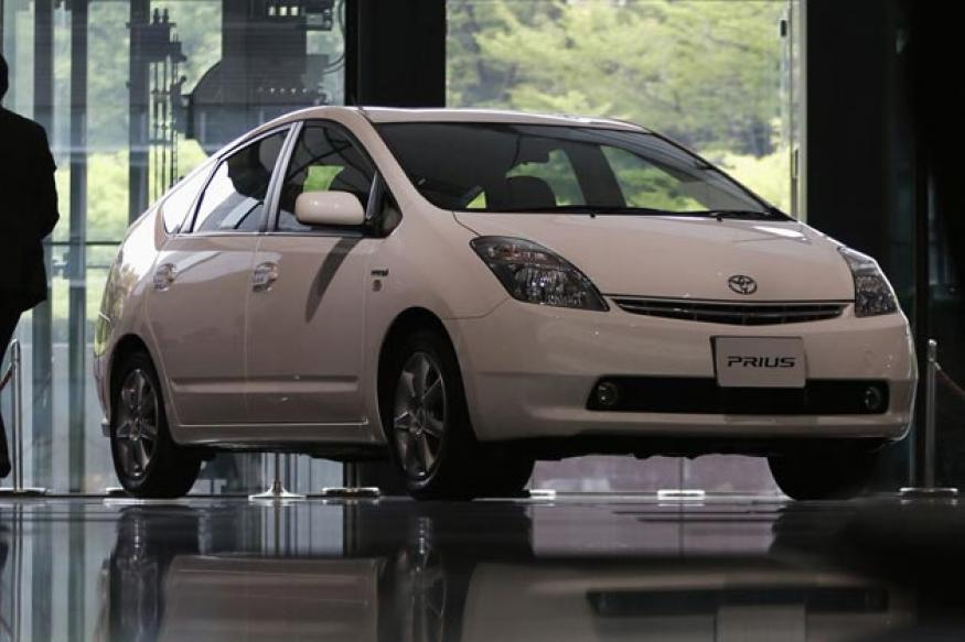 toyota recalls 2 42 000 prius lexus hybrid cars news18. Black Bedroom Furniture Sets. Home Design Ideas