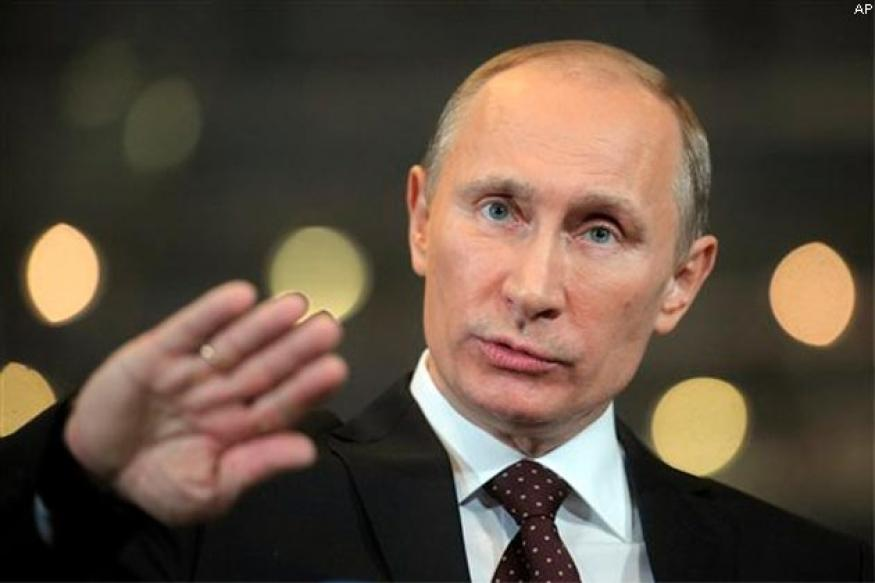 West arming Syrian rebels who eat human flesh, says Putin
