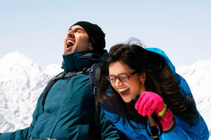 Omar criticises 'YJHD' for portraying Gulmarg as Manali