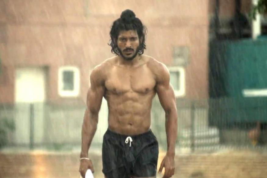 Not important to hang on to six-pack abs: Farhan Akhtar