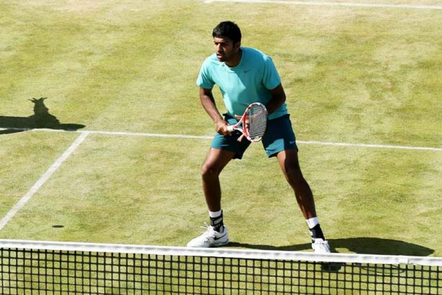 Bopanna, Bhupathi in quarters; Sania crashes out of women's doubles