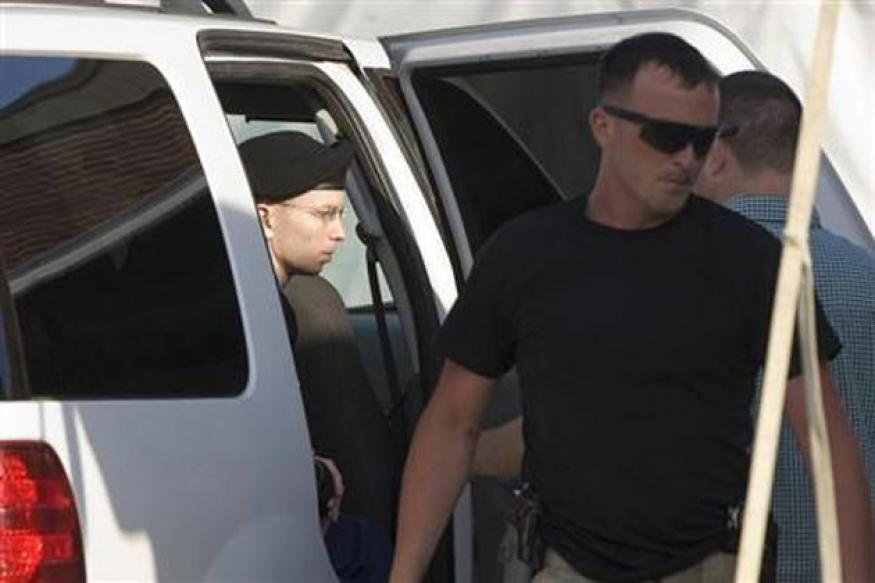 US Wikileaks case: Bradley Manning found not guilty of aiding the enemy, convicted of 5 counts of espionage