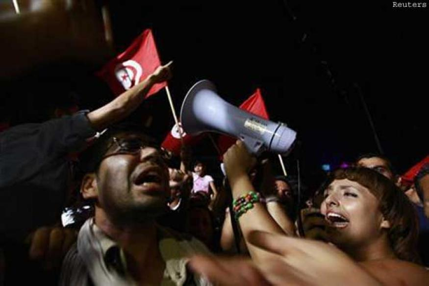 Gunmen kill at least eight Tunisian troops as political tensions grow