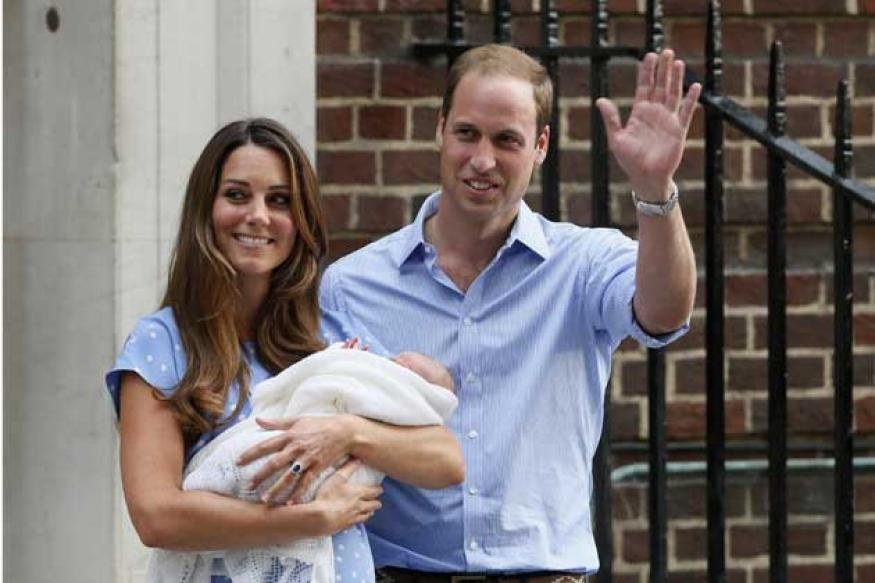 Kolkata slum boy, who announced Prince George's birth, returns to India