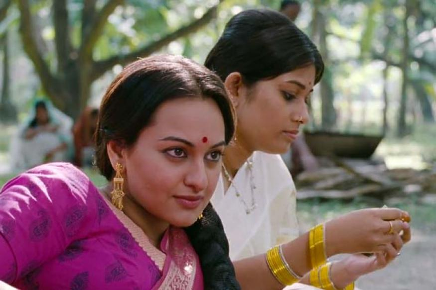 People discouraged me from taking up 'Lootera': Sonakshi