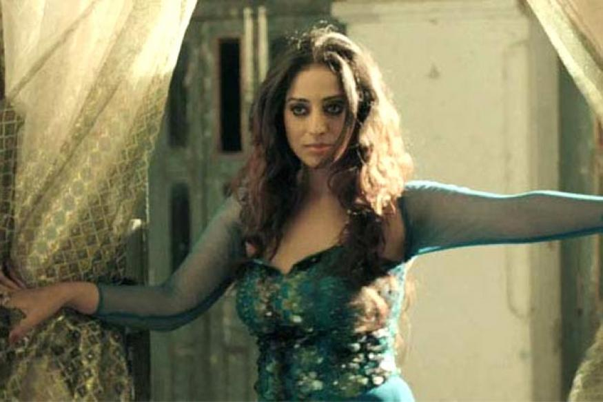 Mahie Gill emulates Meena Kumari in 'Gangs of Ghosts'