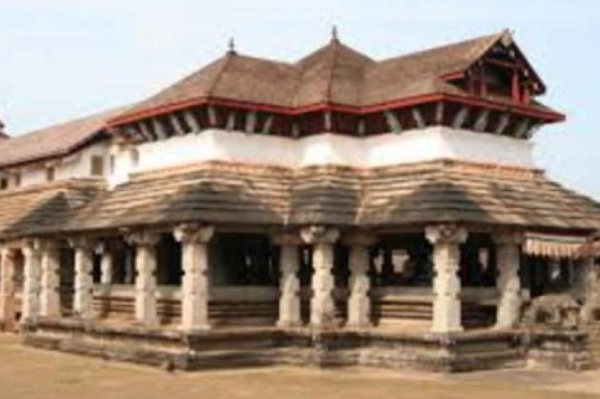 Karnataka: Robbers steal 15 invaluable idols from Jain temple