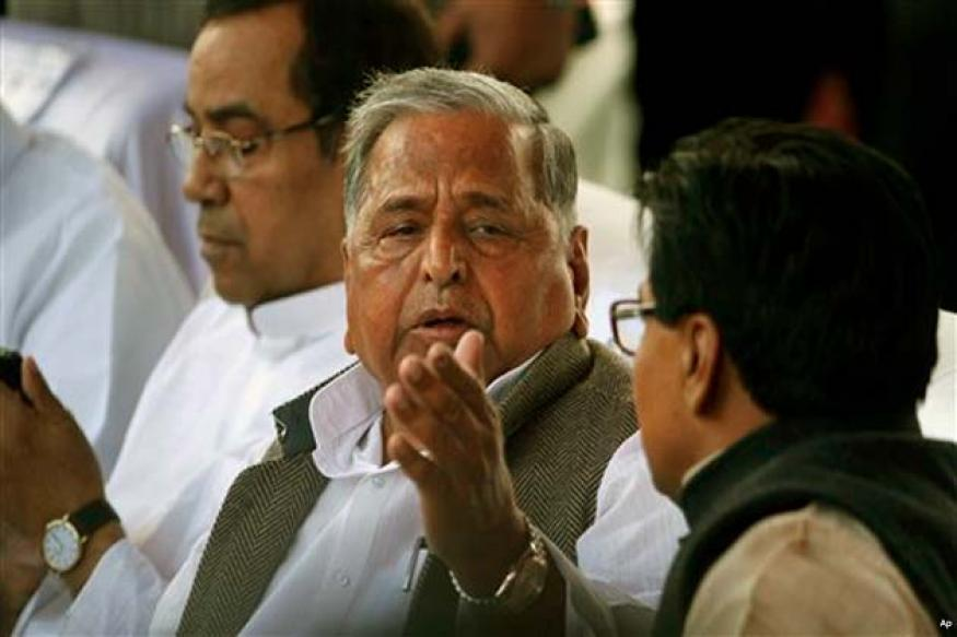 Mulayam dares Modi to contest from Uttar Pradesh