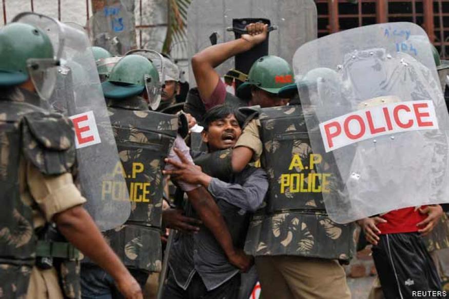Security stepped up in Andhra Pradesh post Telangana decision