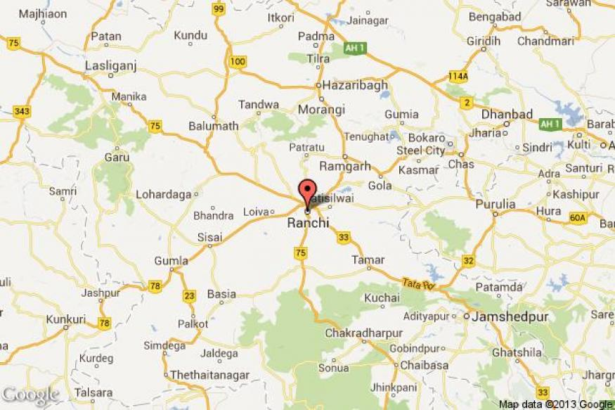 Suspected Maoists abduct three SBI officials