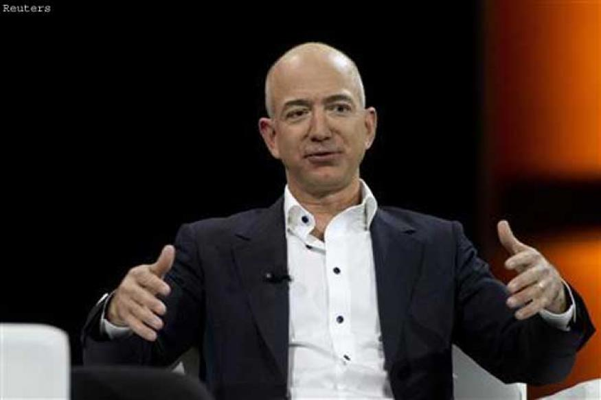 Amazon founder Jeff Bezos to buy the Washington Post