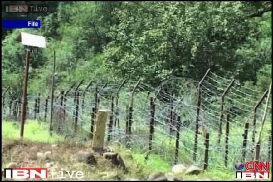 Pakistan violates ceasefire again, fires in Poonch sector