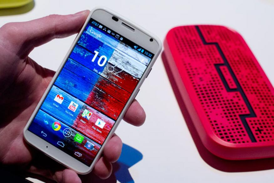Moto X vs Galaxy S4 vs HTC One vs iPhone 5 vs Z10 vs Q10 vs Xperia Z
