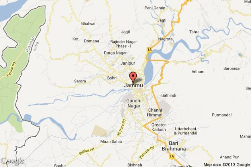 Pakistan violates LoC truce, Indian troops retaliate