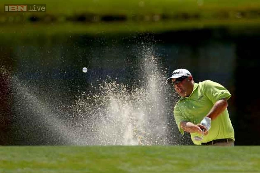 Stadler finishes long day in the lead at Barclays