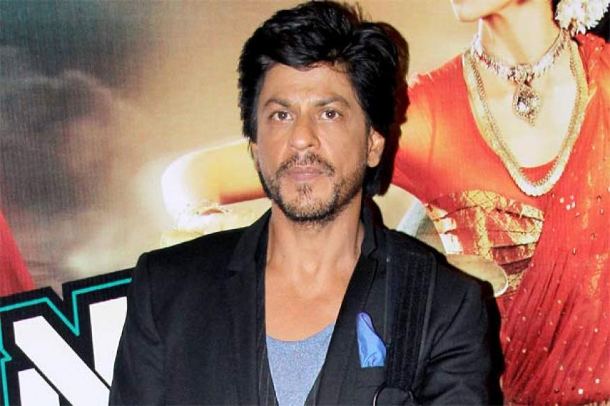 Shah Rukh to celebrate the success of 'Chennai Express' on Facebook